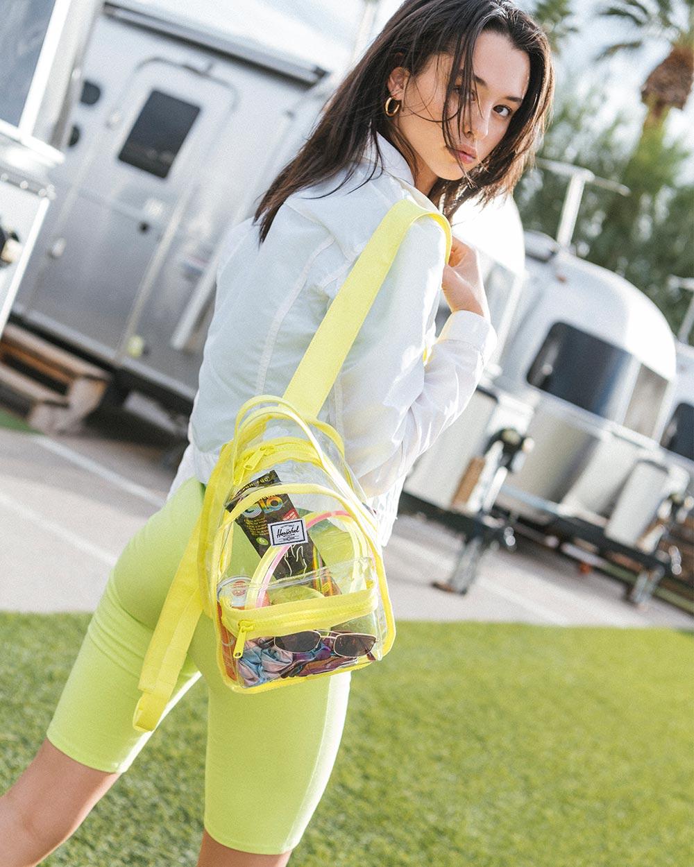 herschel-clear-bag-mini-gelb